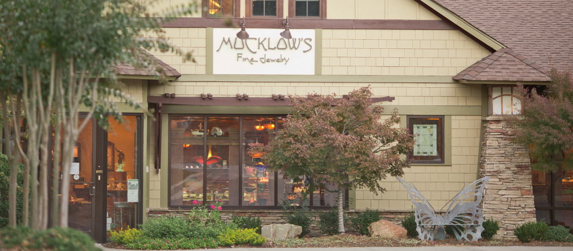 Outside of Mucklows Fine Jewelry